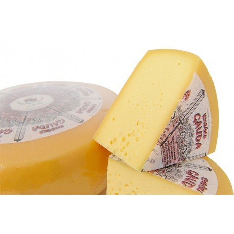 ˝Pustotnik˝ cheese (Pustotnik farm)